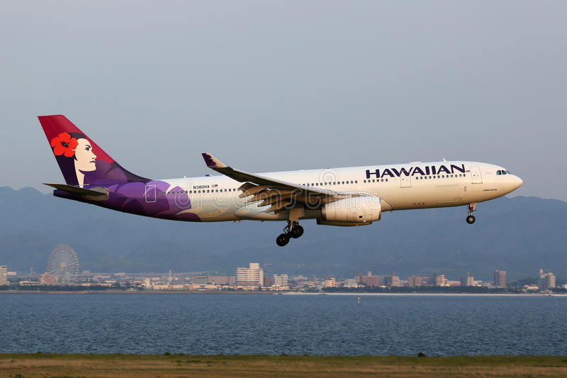 Hawaiian Airlines-Luchtbusa330-200 vliegtuig stock foto