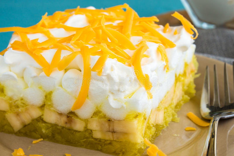Cake With Cream Cheese And Lemon Jello
