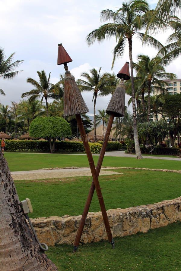 Hawaiische tiki Fackeln stockbilder