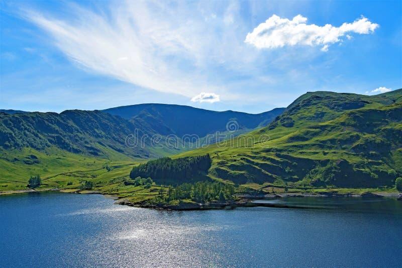 Haweswater-Reservoir, in Englands grünem und angenehmem Land, See-Bezirk, Cumbria lizenzfreies stockbild