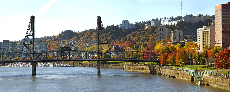 Hawthorne Bridge Portland Oregon in the Fall. Hawthorne Bridge Over Willamette River in the Fall royalty free stock photos