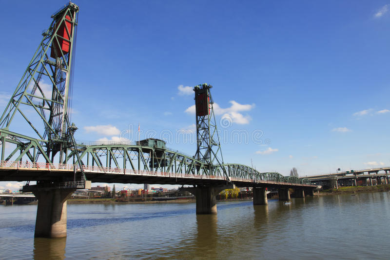 hawthorne portland моста стоковое изображение rf