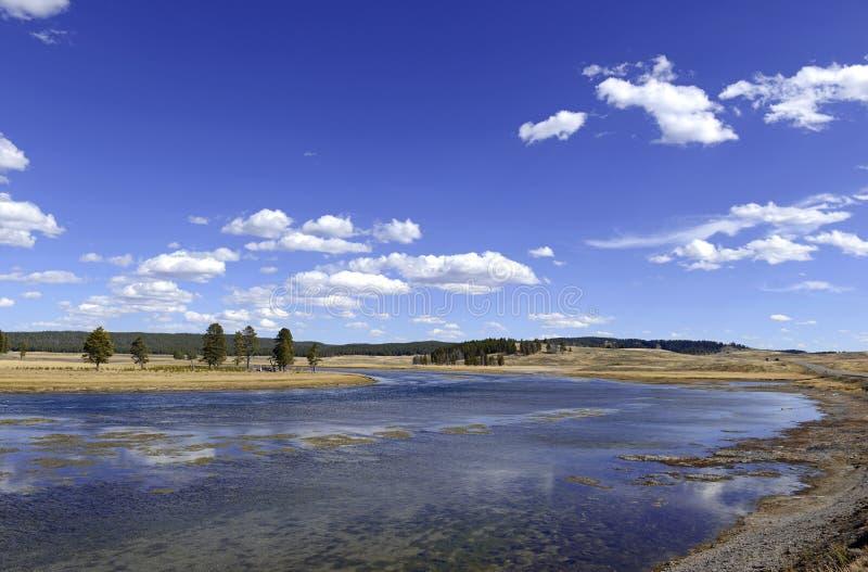 hayden долина yellowstone национального парка стоковое изображение rf