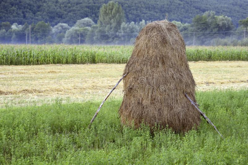 Haystack romanico fotografie stock
