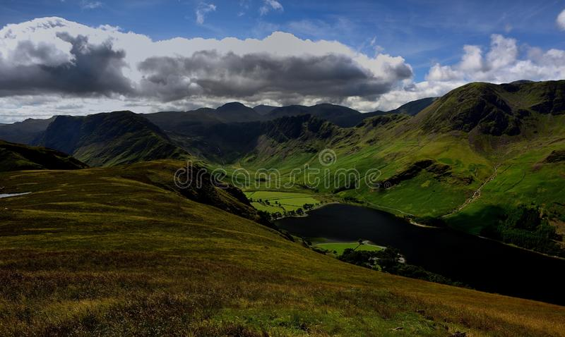 Haystacks, Wysoki Crag i Wysoki przełaz nad Buttermere, zdjęcie stock