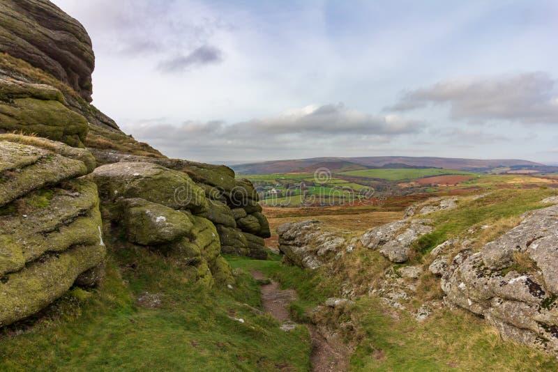 Haytorrotsen in het Nationale Park van Dartmoor stock fotografie
