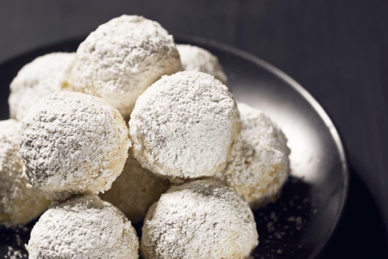 Hazelnut piłki, Meksykańscy Ślubni ciastka lub Rosyjscy Herbaciani torty, obrazy stock