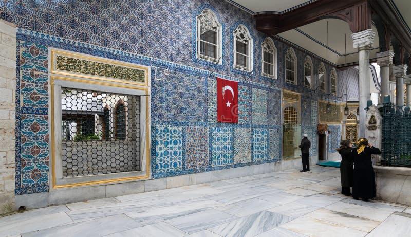 Hazrat阿布格莱布Ayub Ansari, Eyup苏丹清真寺寺庙的外视图  免版税图库摄影