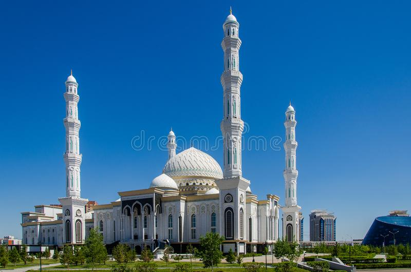 Hazret苏丹清真寺在努尔苏丹 库存照片