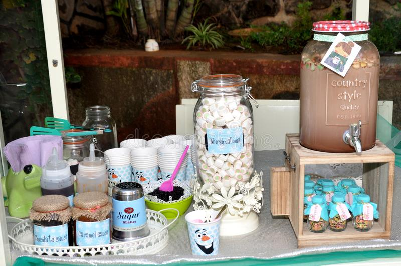 HD εικόνες για marshmallow το σκαμνί γάλακτος σοκολάτας στοκ εικόνες