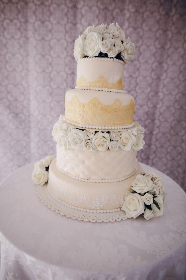 Hd della torta nunziale immagini stock