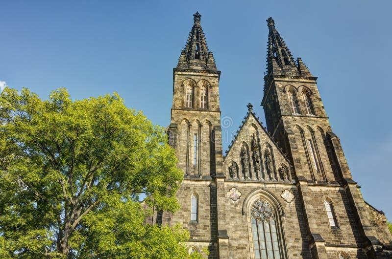 HDR fotografia piękna stara bazylika święty Peter i Saint Paul, Vysehrad, Praga, republika czech obrazy stock