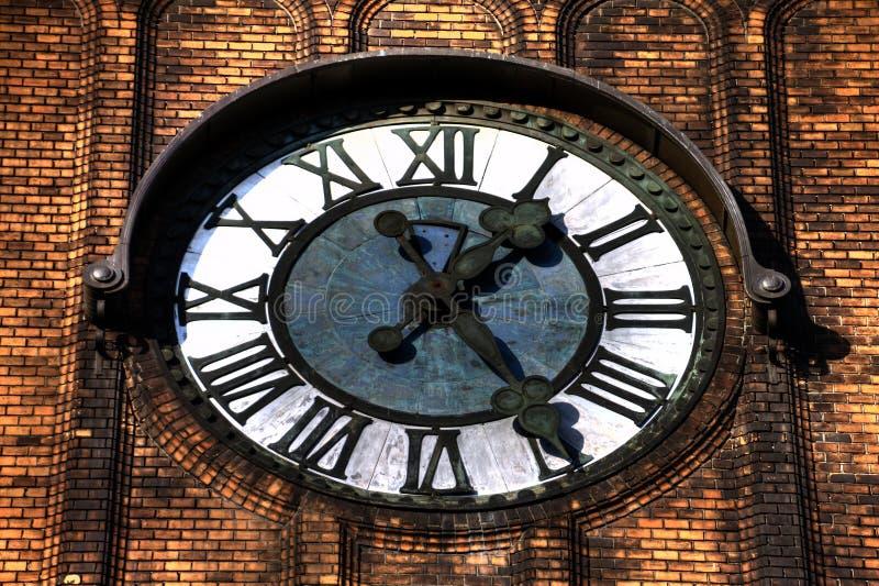 HDR fotografia zegar Ewangelicki Christ kościół w Ostrava CZ zdjęcia royalty free