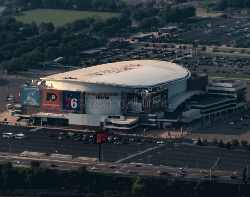 HDR väller fram Fargo Center, Philadelphia, PA royaltyfria foton