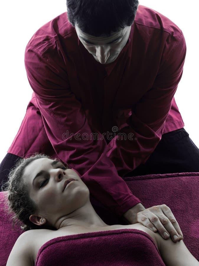 Head massageterapisilhouetten royaltyfri fotografi