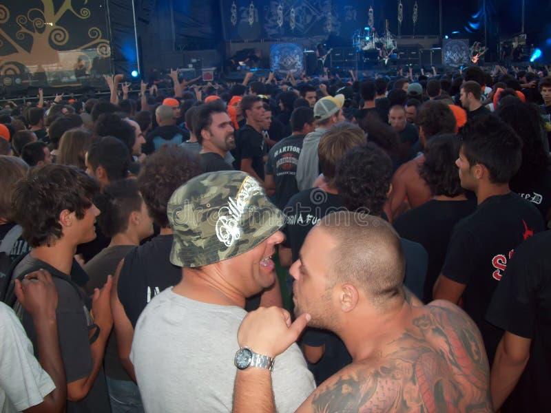 Headbangers al concerto nel Portogallo fotografia stock