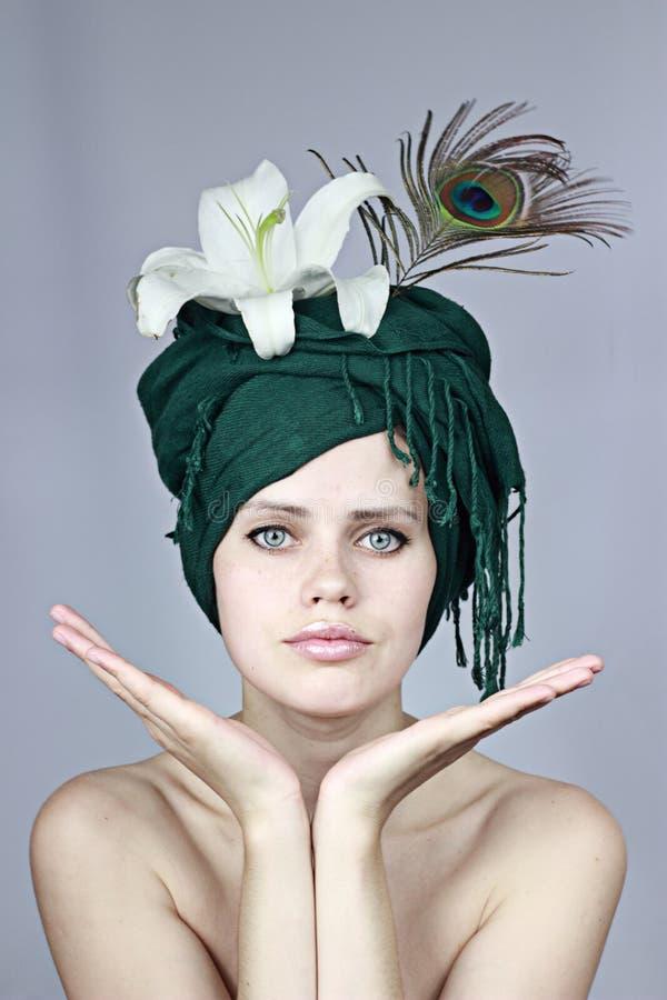 headdress μοντέλο στοκ φωτογραφίες με δικαίωμα ελεύθερης χρήσης