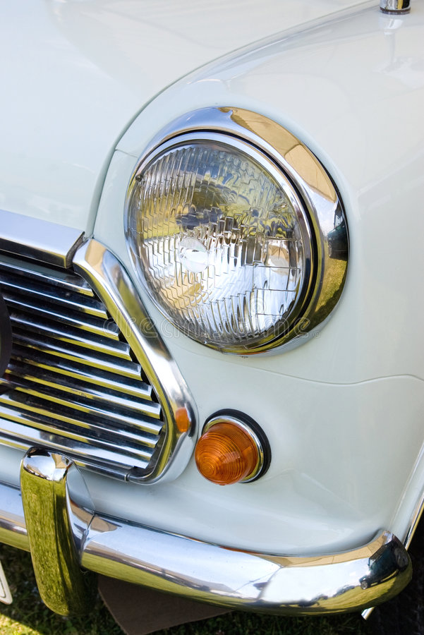 Free Headlight Whitemini Royalty Free Stock Photos - 5917358