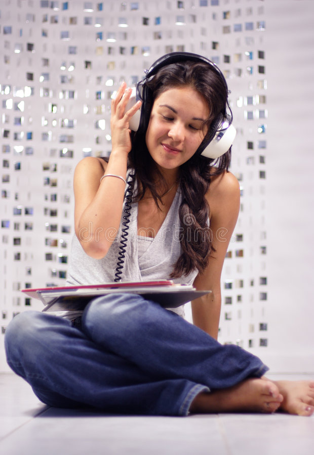 Free Headphone Woman Stock Images - 1307284