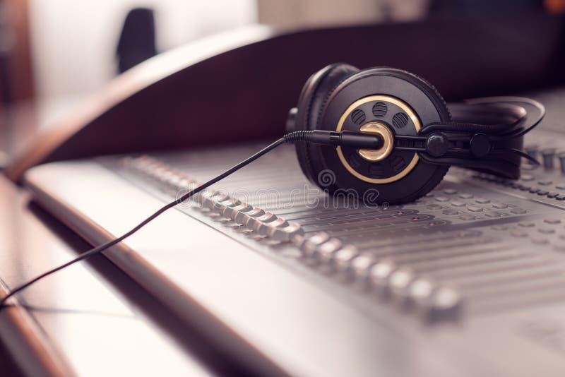 headphones imagem de stock royalty free