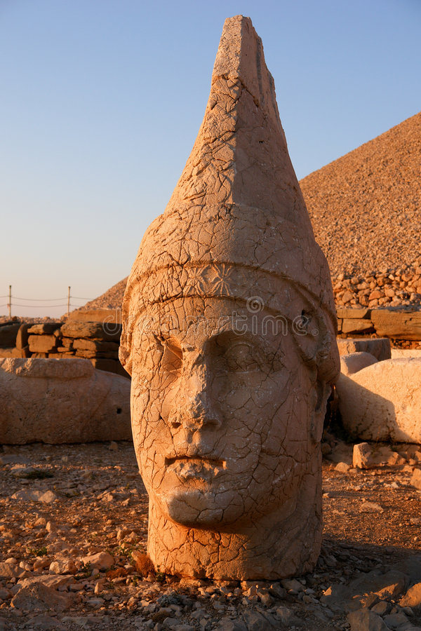Download Heads Of The Colossal Statues On Mount Nemrut Stock Image - Image: 6336355