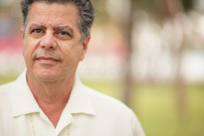 Headshot красивого человека стоковое фото rf