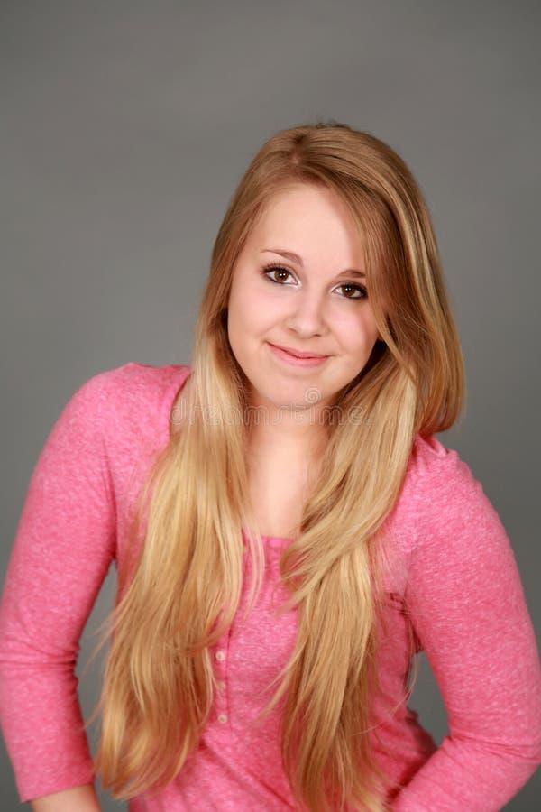 Headshot uśmiechnięta nastoletnia dziewczyna fotografia stock