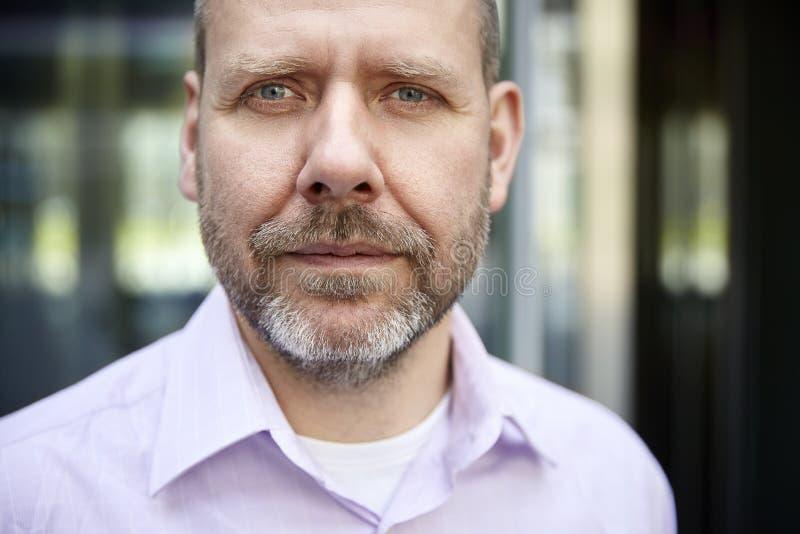 Headshot van de rijpe mens stock fotografie