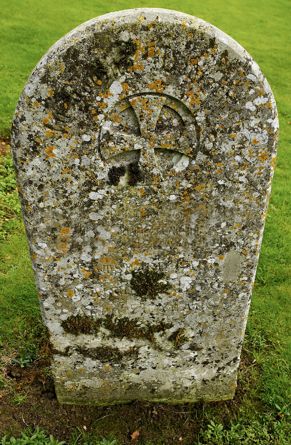 headstone старый стоковое фото rf