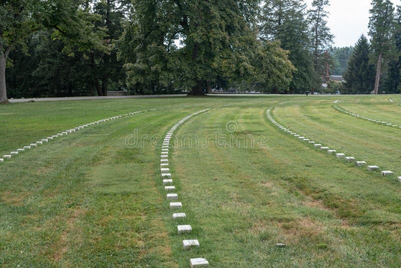 Headstones przy Gettysburg wojskowego cmentarzem obrazy stock