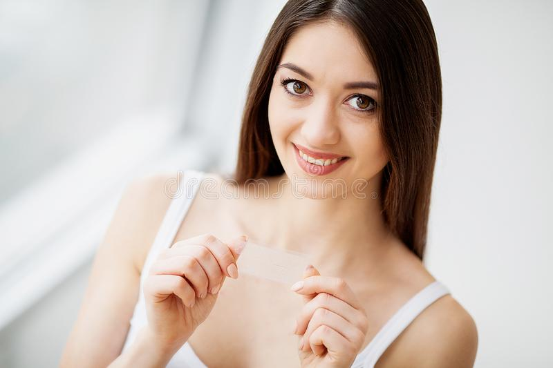Health And Beauty Beautiful Young Girl With White Teeth Holding Stock Image Image Of Girl Mouth 121680395