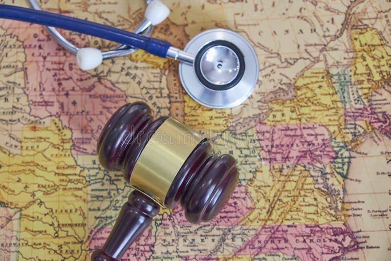 Healthcheck médico del estetoscopio del ` s del doctor enfermedades sanas, primer del cuidado del viaje del turismo del concepto  imagen de archivo libre de regalías