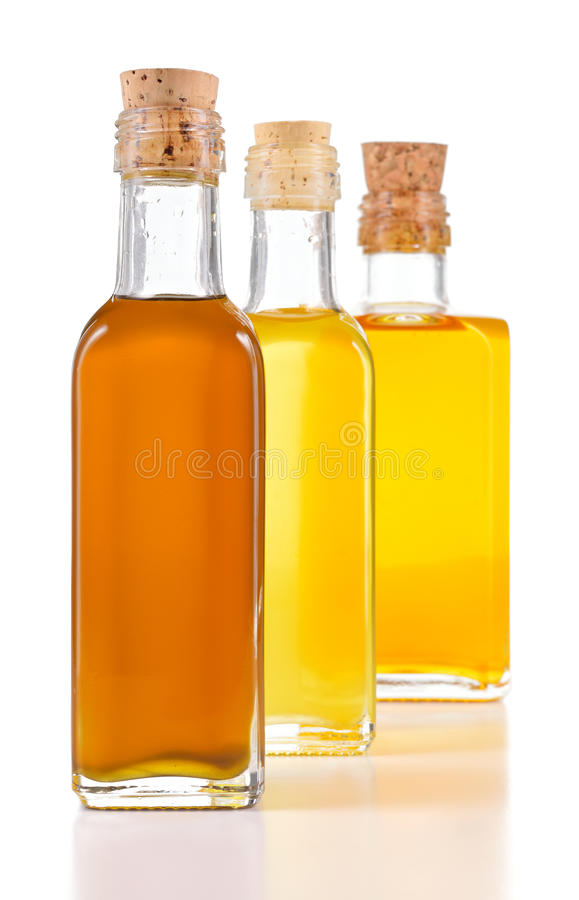 Free Healthy Oils With Unsaturated Fats Isolated. Royalty Free Stock Photography - 43971947