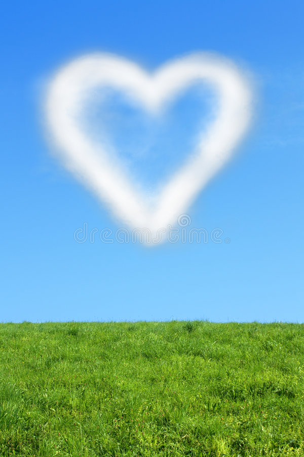 Heart-cloud On Blue Sky Royalty Free Stock Image
