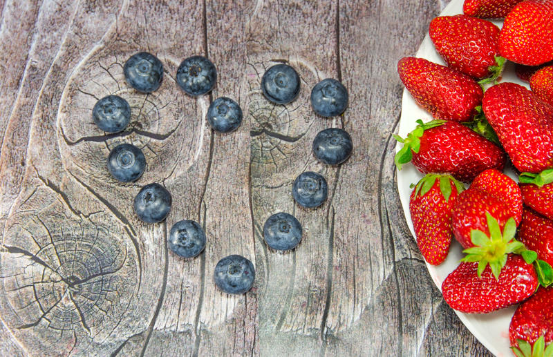 Download Heart out of bilberries stock image. Image of blackberries - 30427671