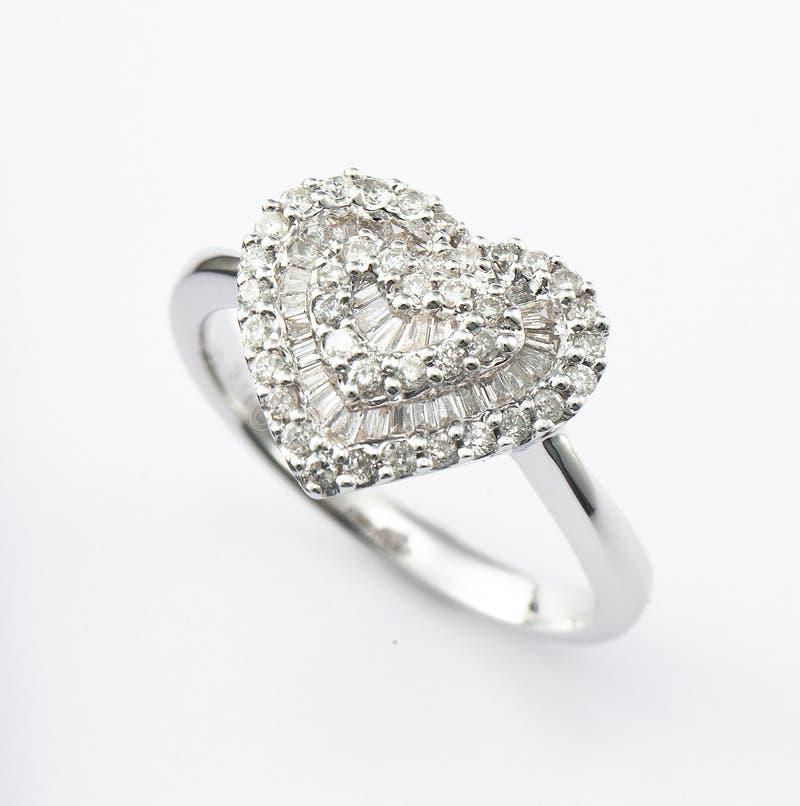 Heart-shaped Ring lizenzfreie stockbilder