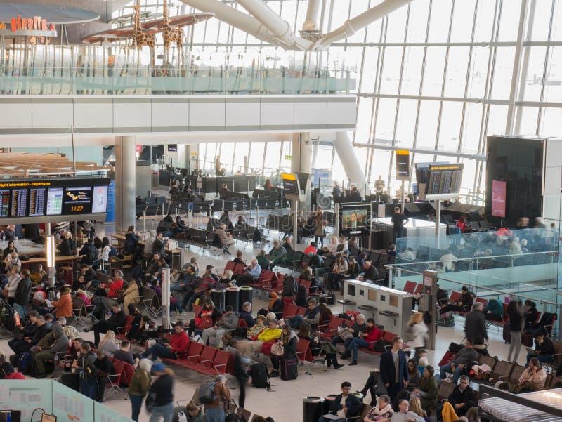 Heathrow lotnisko w Londyn, terminal 5 obrazy stock