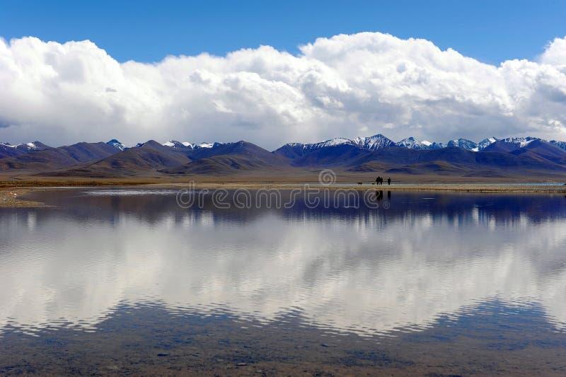 heavenly lake arkivbild