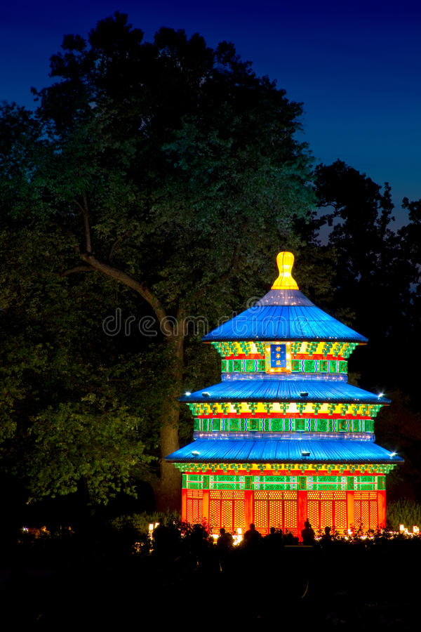 Download The Heavenly Temple In The Gardens Editorial Photography - Image of festival, botanical: 26038962