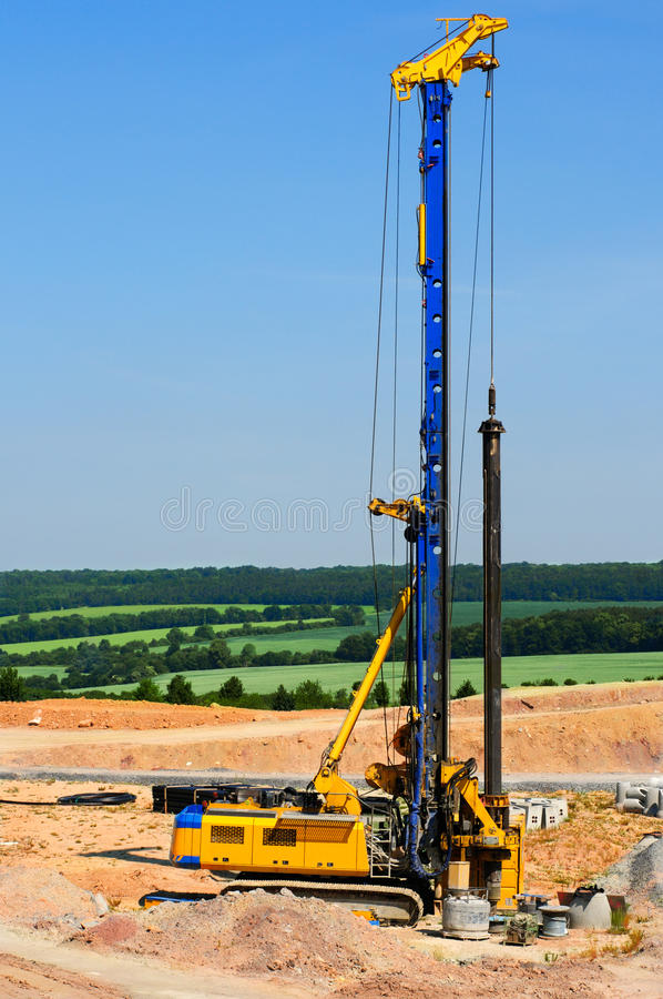 Download Heavy driller stock image. Image of soil, driller, machine - 20148975
