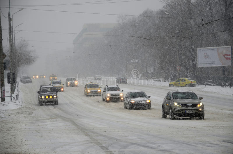 Download Heavy snow in Bucharest editorial stock image. Image of jamm - 37144494
