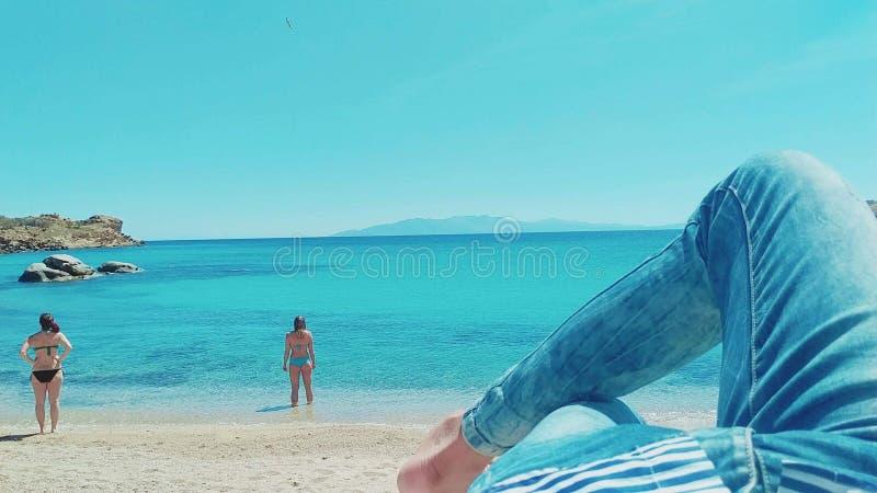 Heb pret op strand stock afbeelding