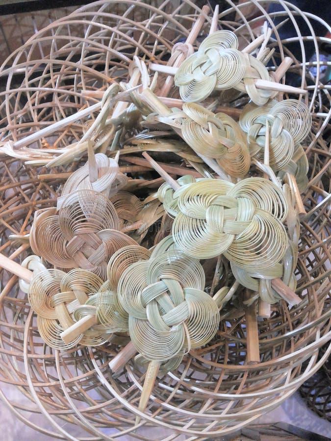 Hebillas del pelo hechas de bambú fotografía de archivo