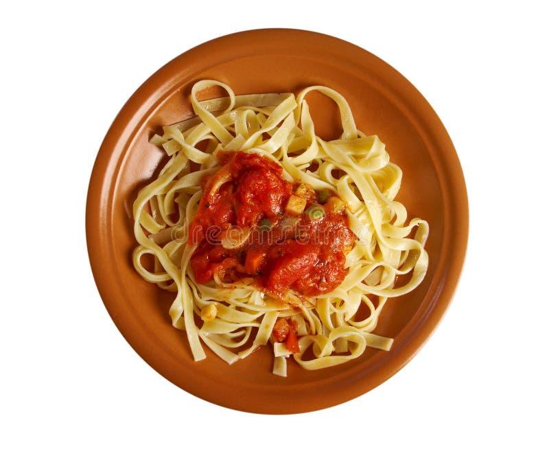 Hecho en casa siciliano   Fettuccine de las pastas fotos de archivo libres de regalías