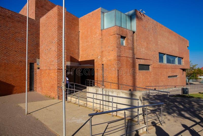 Hector Pieterson Memorial Museum exterior em Soweto Joanesburgo imagens de stock