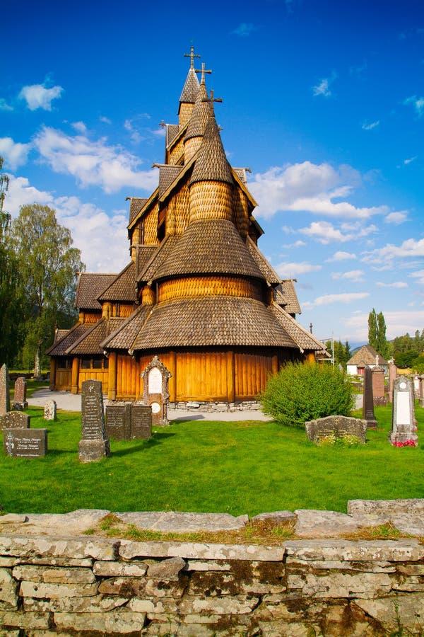 Heddal梯级教会是梯级教会Heddal位于诺托登,挪威 免版税库存图片