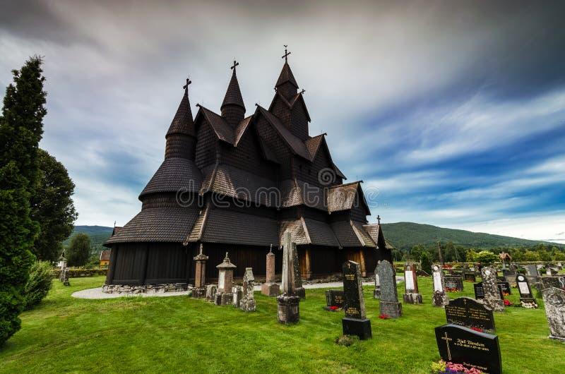 Heddal notsystemkyrka, Heddal, Norge fotografering för bildbyråer