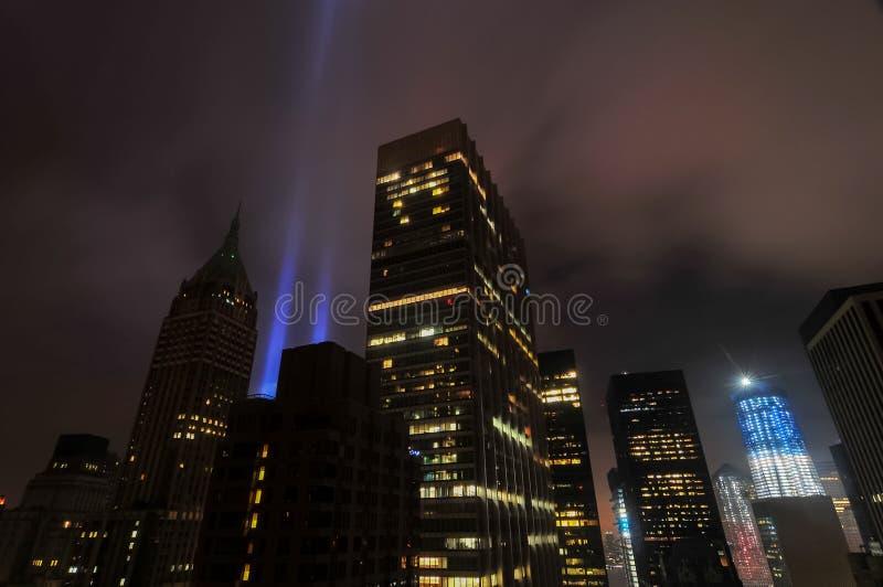 Hedersgåva i ljus - World Trade Center royaltyfria foton