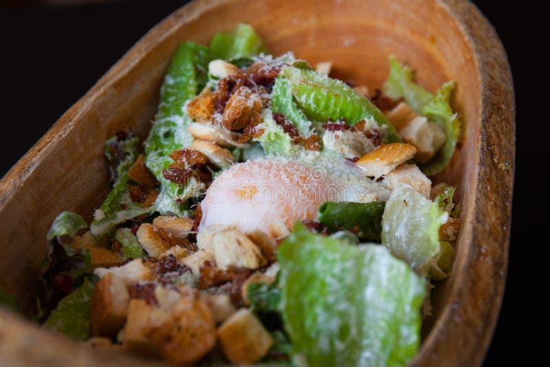 Heerlijke ceasar salade royalty-vrije stock fotografie