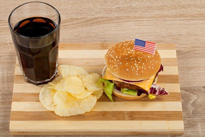 Heerlijke cheeseburger stock foto